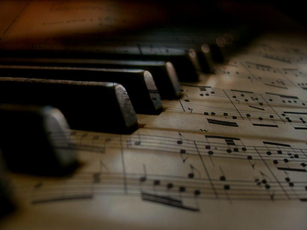 The 5 Most Important Music Production Tips For Beginners